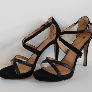 STUNNING Sz 10 Black Sueded Strappy Sandals - H&M